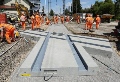 Vorgefertigte Bahnbauelemente